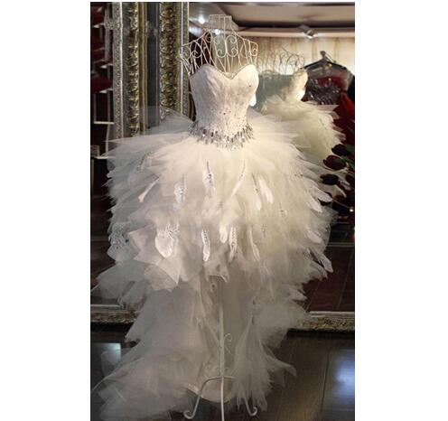 Elegant Hi-lo Wedding Dresses New Sweetheart Ball Gown Feather Beads Organza Ruffles Wedding Formal Summer Beach Dress Bridal Gowns