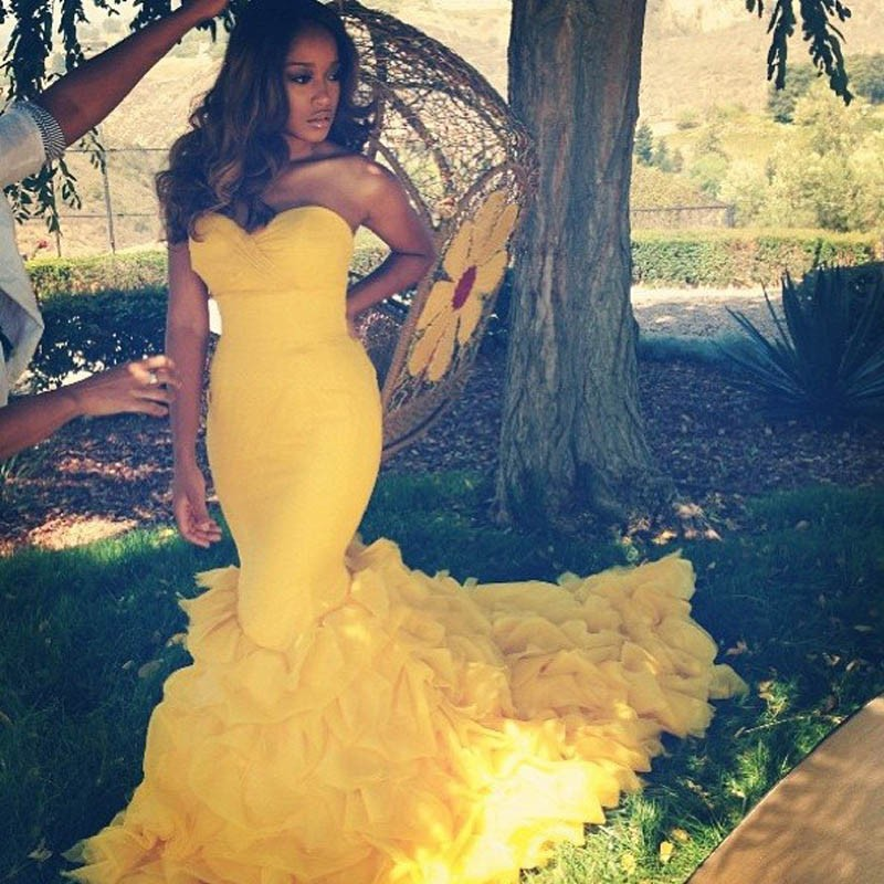 Sexy Backless Long Mermaid Prom Dresses 2016 Fashion Yellow Off The Shoulder Fitted Evening Party Gowns Vestidos Tiered Ruffles