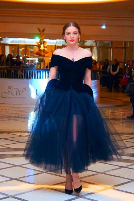 Elegant Arabic Navy Blue Prom Dresses Off The Shoulder Adult Tutu Dress Tea Length Plus Size Women Formal Occasion Party Evening Gowns