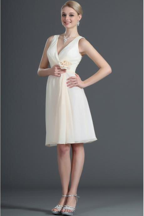 Mini Short A-line Ivory V-neck Chiffon Homecoming Dress Homecoming Dresses Cocktail Dress