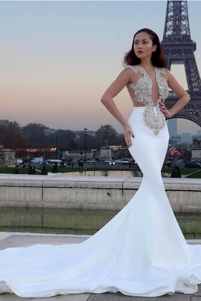 2018 Gorgeous Mermaid Wedding Dresses White V-neck Beads Bodice Satin Wedding Dress Bridal Gown Vestidos Wedding Gowns