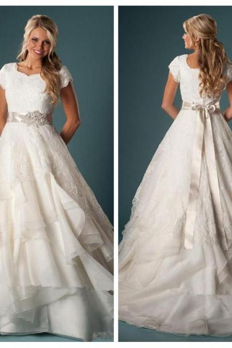 Short Sleeves A-line Tiered Wedding Dresses Lace Bridal Gowns 2017 Country Chapel Vestidos De Mariage Custom Ruffles Plus Size