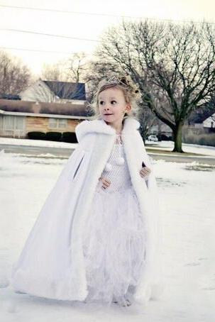 Lovely Girls Cape Custom Made Kids Wedding Cloaks Faux Fur Jacket For Winter Kid Flower Girl Children Satin Hooded Child Coats White