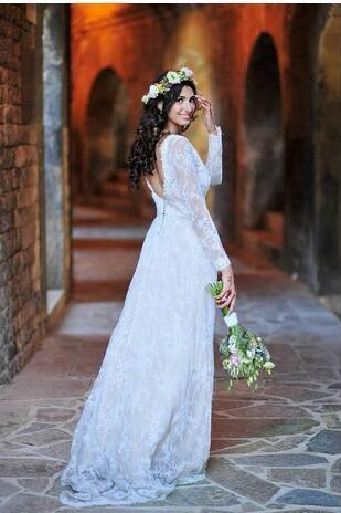 2018 V Neck Mermaid Wedding Dresses Long Sleeves Vintage Lace Button Back Country Garden Bridal Dresses Sweep Train Custom Made