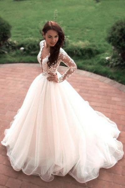 Tulle Ivory Long Sleeves Wedding Gowns