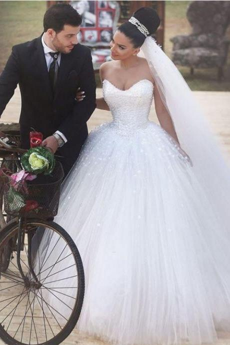 Romantic Ball Gown White Tulle with Pearls Wedding Dresses 2015 Brand Sweetheart Neck Sleeves Lace Up Bride Gowns