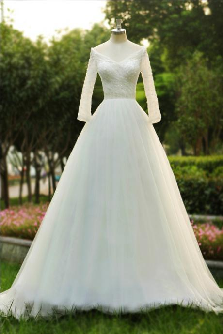 High Quality V-neck A-line Floor Length Tulle Wedding Dress With Beading Long Sleeves