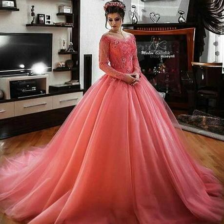 South African Coral Prom Dresses Lace Appliques Long Sleeves Ball Gown Evening Gowns Sweep Train Dubai Vestidos Custom Made