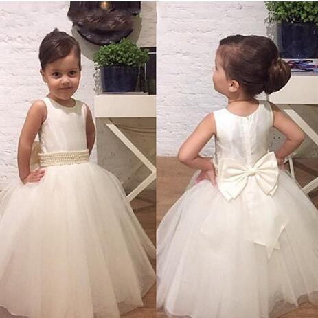 Wholesale Cheap Long Flower Girls Dresses For Weddings Bow Beads Ivory Tulle Bridal Pageant Dress For Little Girls Ball Gown