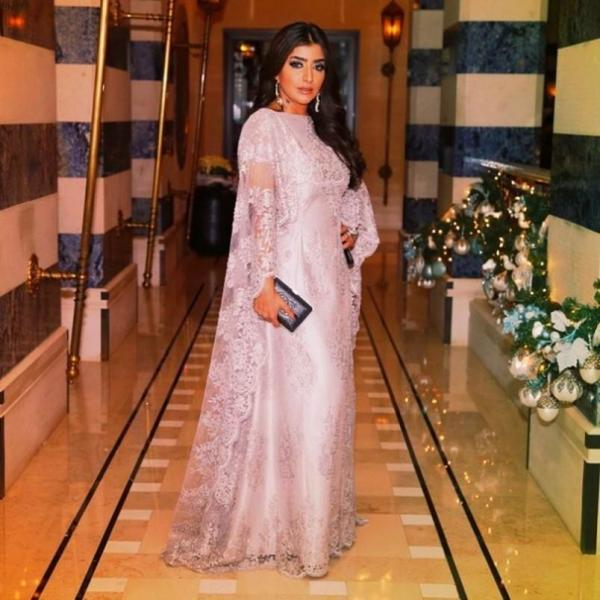 Kaftans Elegant Dubai Long Sleeve Muslim Evening Dresses Pink Lace Arabic Style Evening Gown Dresses