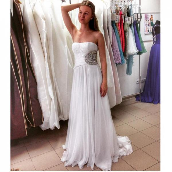 Prom Dresses Sexy White Strapless Beads Rhinestones Chiffon Long Prom Dress Formal Evening Party Gowns robes de bal